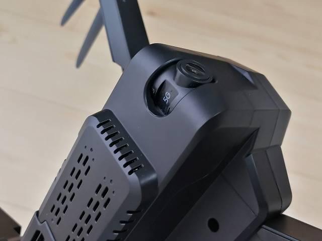 SJRC F11のカメラ部下側からの画像