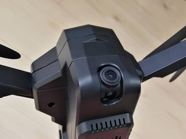 SJRC F11のカメラ部正面からの画像