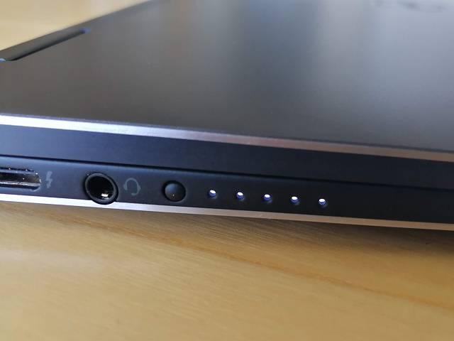 New XPS13 2-in-1 プレミアム のバッテリーインジケーターの画像