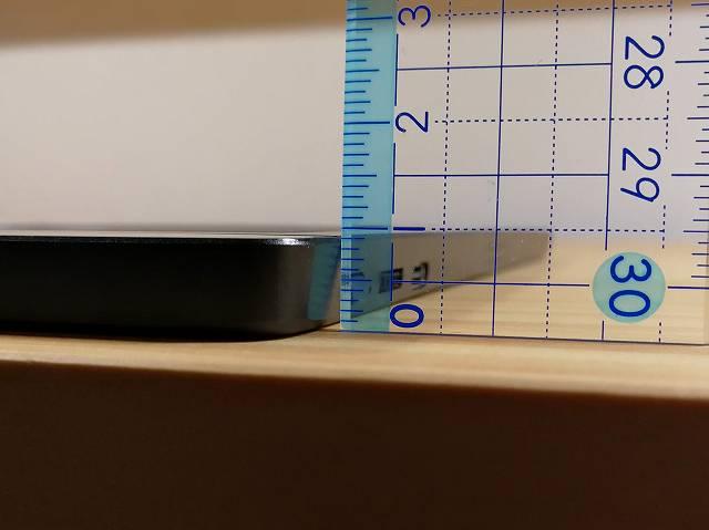Lepow Z1 の厚みを計測する画像