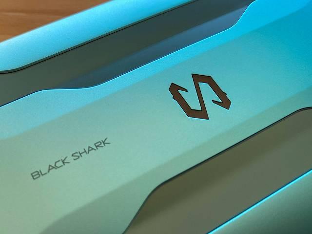 BlackShark2の背面ログ付近の画像