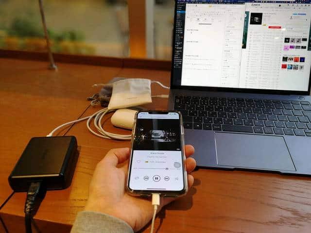 SIMGOT MT3 PROをiPhoneで視聴している画像