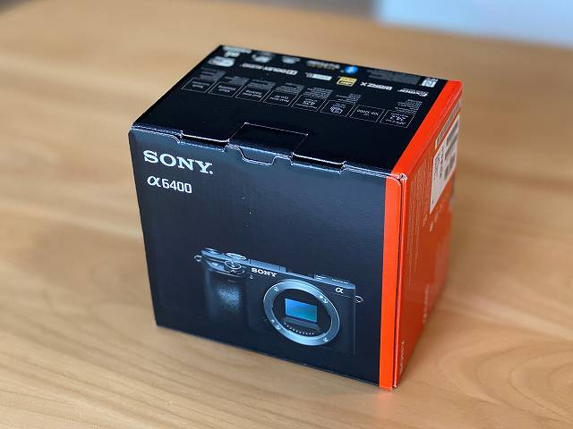 SONY α6400 の外箱画像