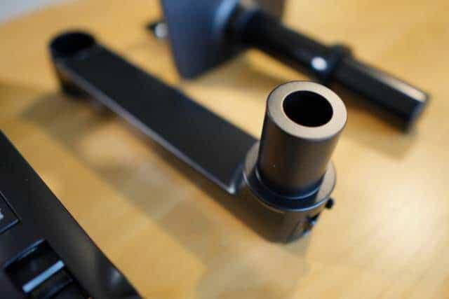 Amazonベーシック モニターアームは細かい箇所を見ても品質の高さがわります