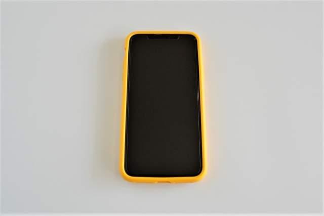 Rhinoshield CrashGuard NXをiPhone 11 Pro Maxに取り付けた状態の画像