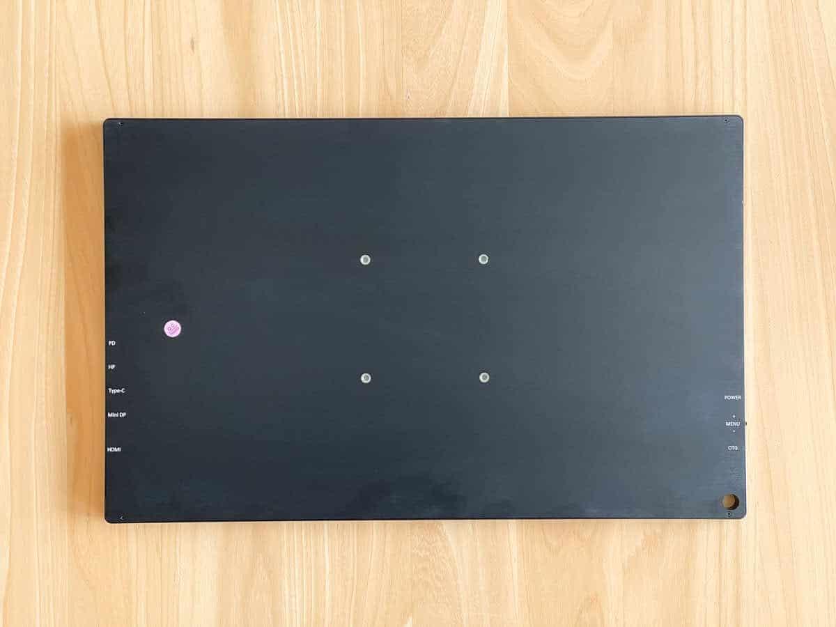 EVICIV EVC-1701 の背面を撮影した画像