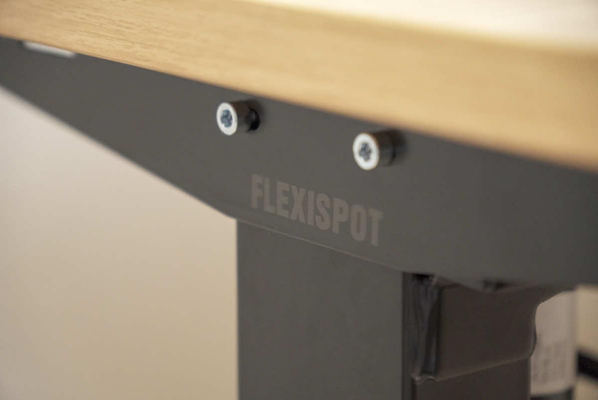 FLEXISPOT EG1のフレームの拡大画像