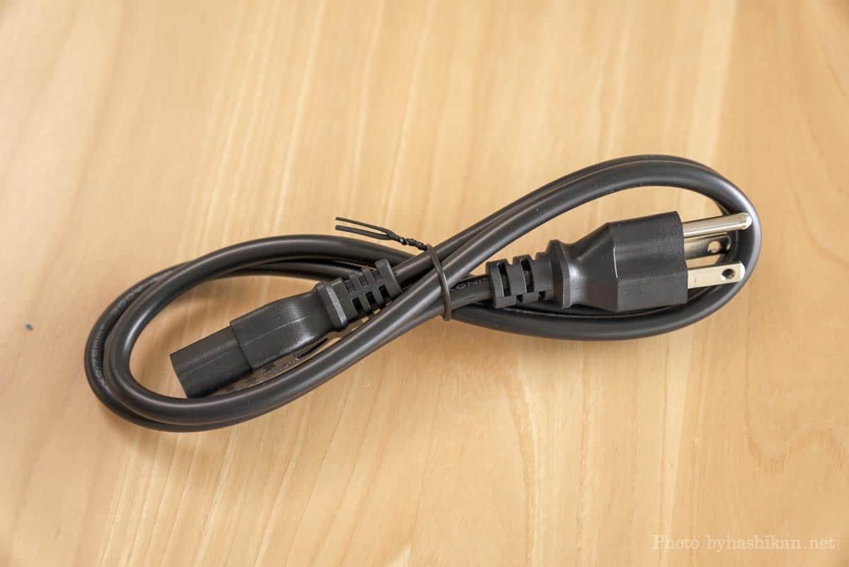 neabot NoMo Q11に付属している電源ケーブルの画像