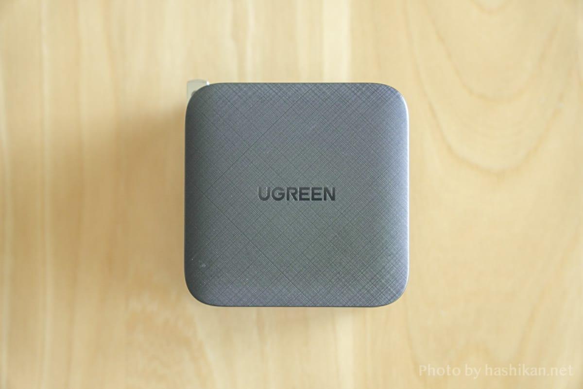 UGREEN PD充電器 65W GaN 4ポート充電器の側面の拡大画像