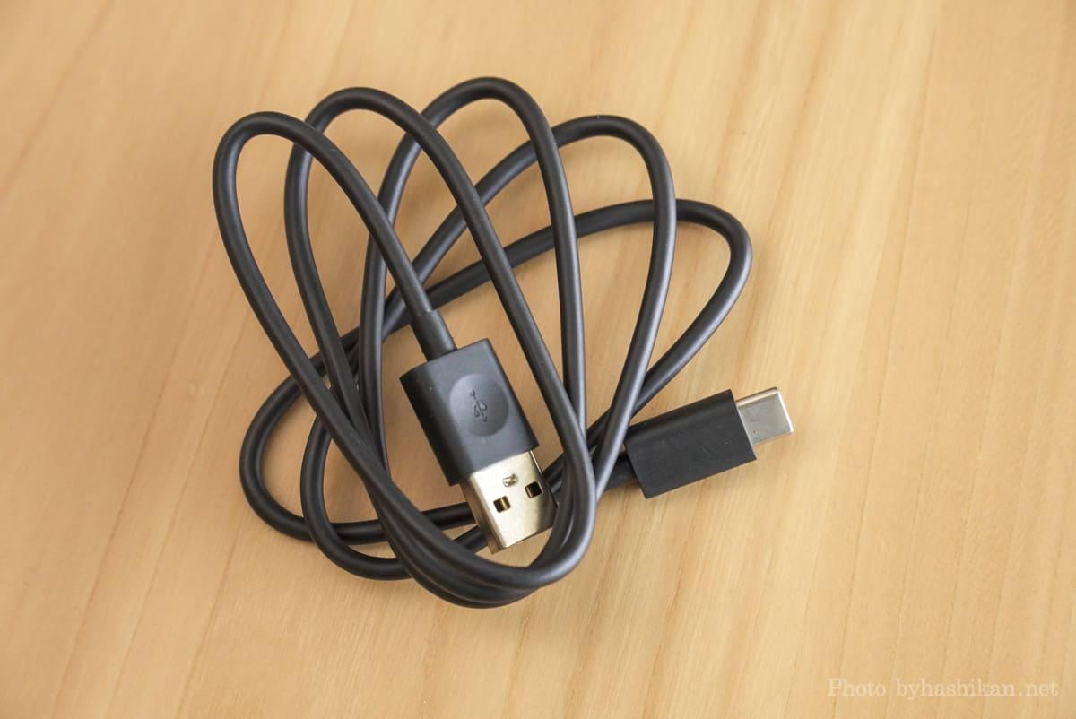 第11世代 Fire HD 10 2021年モデルに付属しているUSB充電ケーブルの画像
