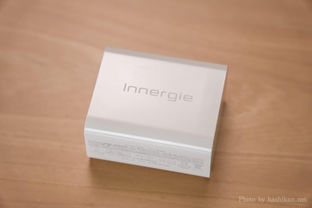 Innergie C6 Duo の真っ白な本体